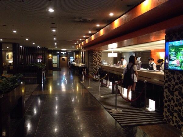 アパホテル名古屋錦_ロビー