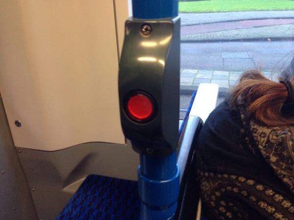 amsterdam-tram-getoff