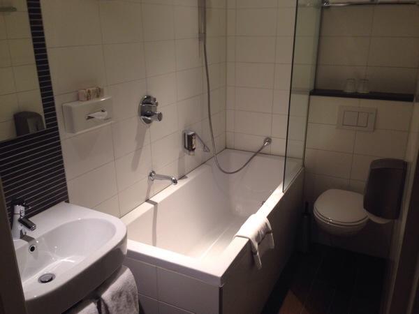 hotel-amsterdam-de-roode-leeuw5