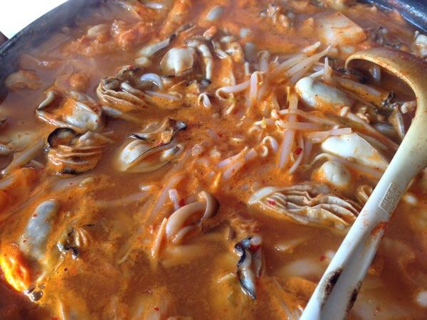 牡蠣チゲ鍋