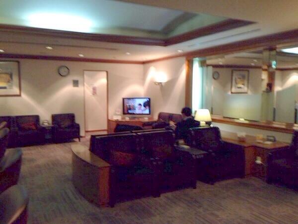 sakura-lounge-kagoshima-airport-space