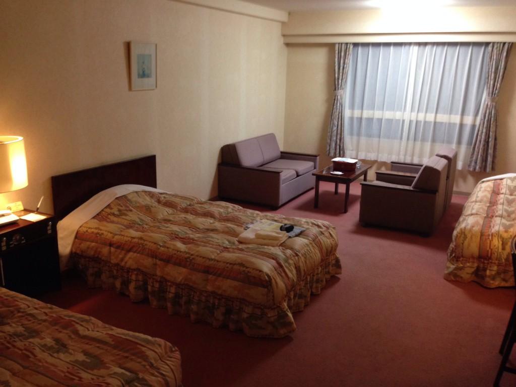 kirishima-royal-hotel-room1