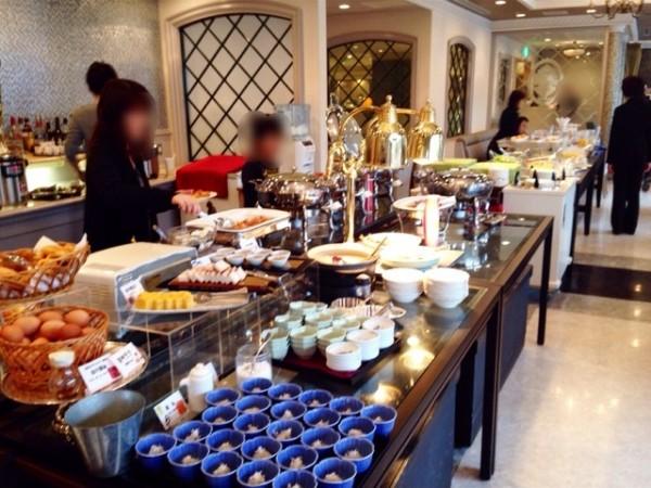 river-side-hotel-breakfast01