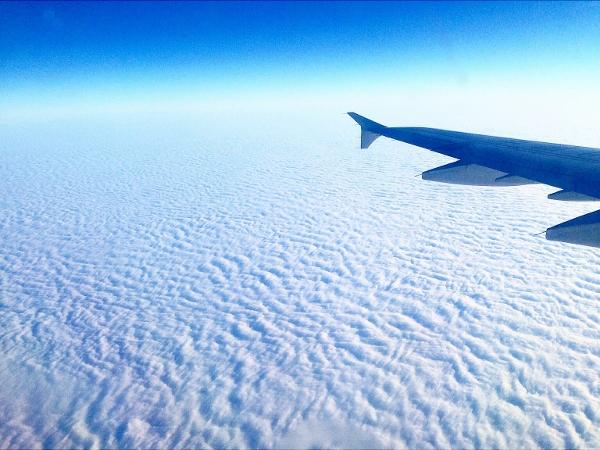 飛行機搭乗