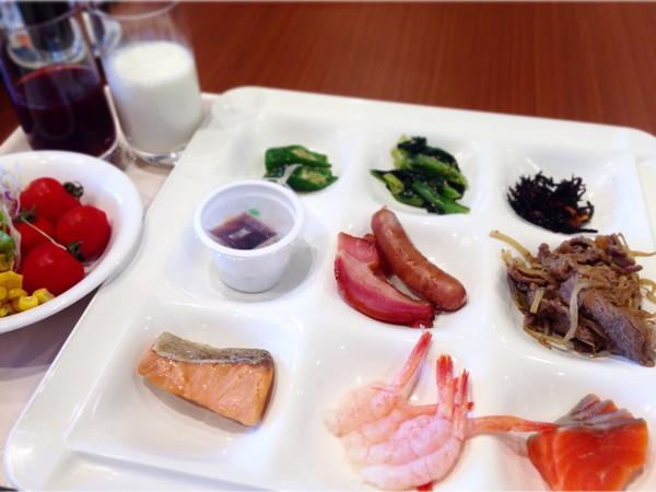 ラッソグランデ旭川朝食‐プレート