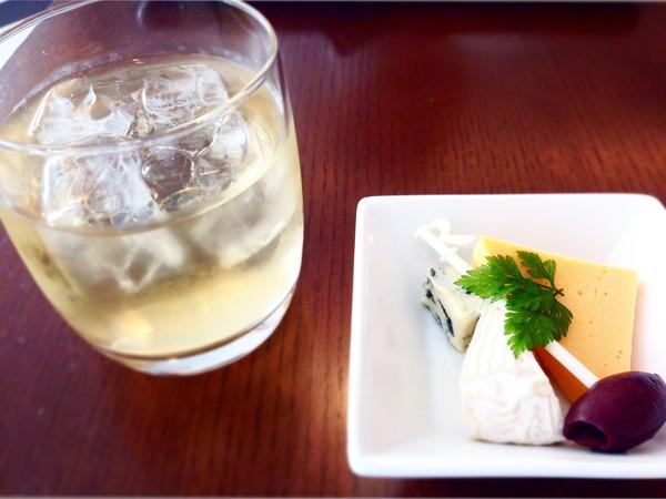 羽田空港国際線JALファーストクラスラウンジ_チーズ