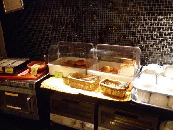 ビスタ-朝食パン