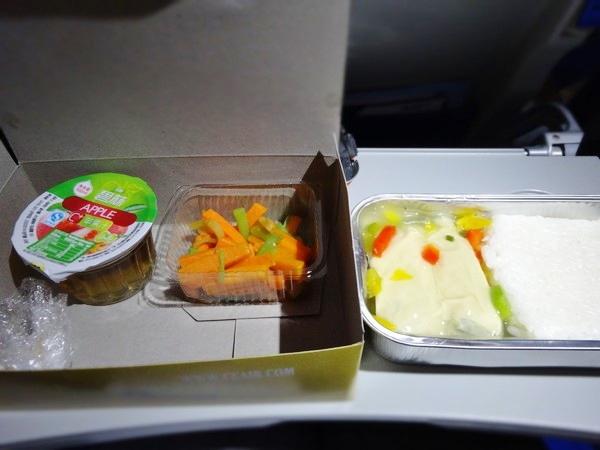 中国東方航空-機内食-1