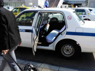 タクシー送迎