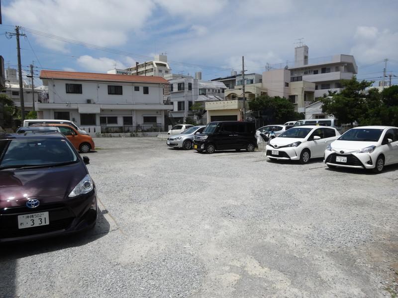 田そば-駐車場