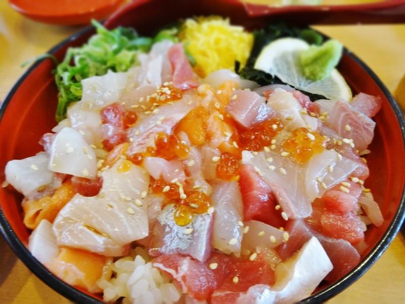 限定10食の海鮮丼