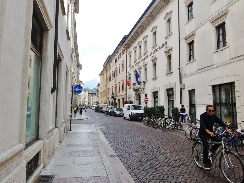 イタリア・トレントの裏路地