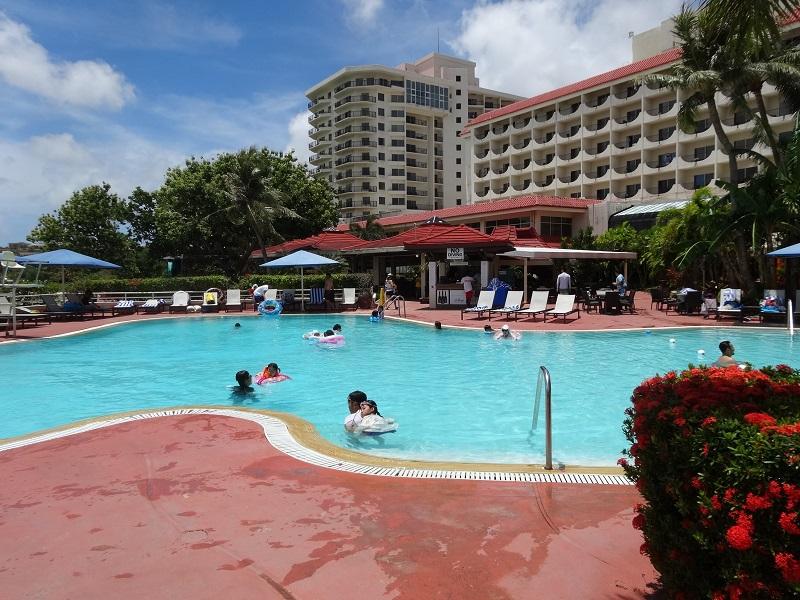 ヒルトンホテル‐プール