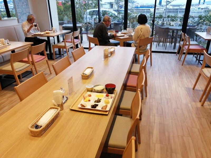 椿ホテルのレストラン
